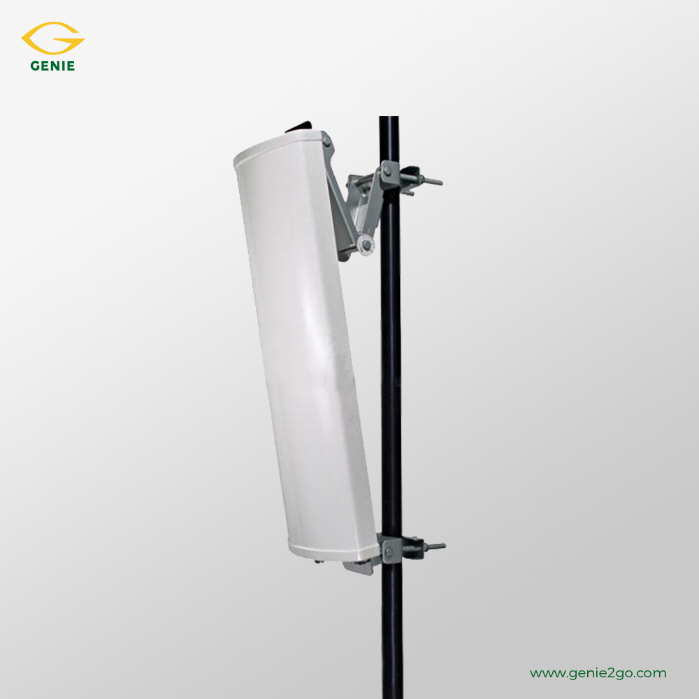 2.4 GHz 180° Sector Panel Antenna